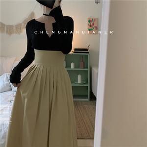 城南边儿 束腰半身裙宫廷复古高腰a字卡其色百褶长裙后背镂空女