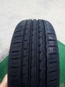 金宇銳陸ROVELO STRATA Acel豪華型轎車輪胎235/45ZR17