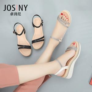卓诗尼2019夏季专柜新款凉鞋女露趾厚底松糕跟水钻坡跟甜美女鞋子