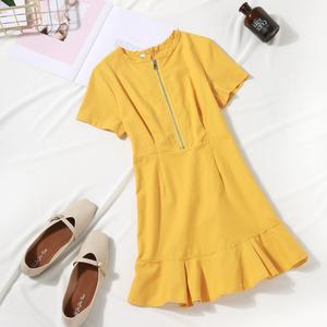 夏季2019新款韩版气质黄色收腰显瘦仙女裙连衣裙百搭温柔少女短裙