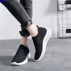 潮流时尚鞋子女2019学生百搭街拍带袜筒的鞋袜一体运动网面小黑鞋