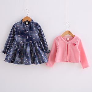 女宝宝春装套装两件套1-3岁女童套装裙2件套裙4-56春款纯棉格子潮
