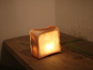 雑 | 日本代購 手作匠人 真正白面包吐司制造小夜燈玄關燈壁燈
