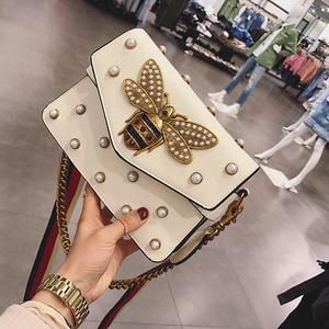 包包女2019新款斜挎包女小包单肩包手提女包链条包蜜蜂珍珠铆钉包