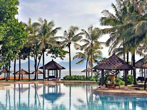 巴厘岛康莱德度假村豪华泻湖景观 Deluxe Lagoon View