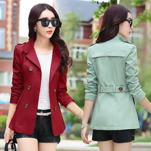 Autumn and winter mother small short coat female Korean spring section 2017 new short paragraph with dignified atmosphere coat