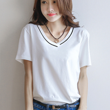 2 pieces of 49 yuan 2018 new V-neck short-sleeved t-shirt female loose white summer cotton Korean fan shirt compassion