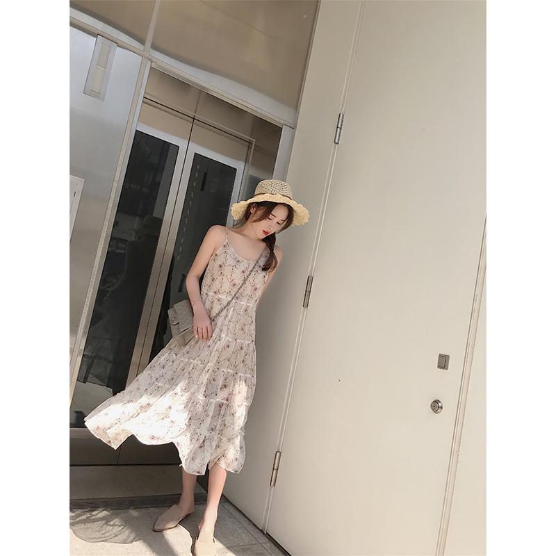 林珊珊 小清新碎花吊带雪纺连衣裙女夏宽松显瘦印花长裙打底a字裙