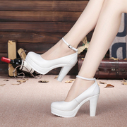 Special offer every day waterproof shoes white cheongsam show rough with the leather shoes size code word buckle head