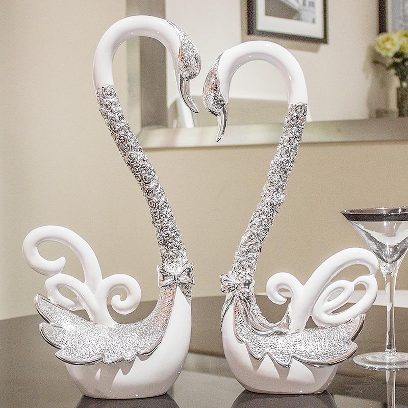 创意结婚礼物送礼实用闺蜜摆件新婚庆礼品酒柜客厅天鹅家居装饰品
