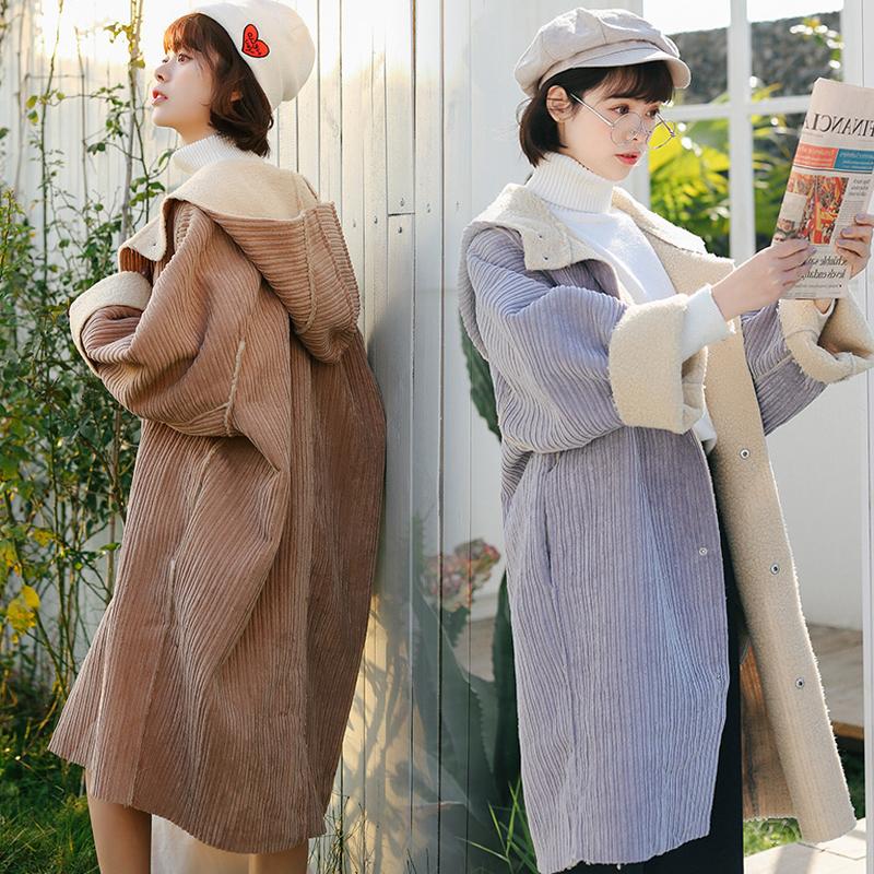 灯芯绒羊羔毛外套女秋冬新款宽松加绒加厚中长款开衫连帽风衣大衣