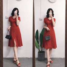 Ins super fire v collar cold wind red French retro chiffon wave point dress female summer 2018 new skirt
