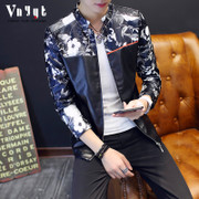 The young men's cashmere leather printing locomotive personality and self-cultivation tide in spring and autumn winter coat thick leather jacket.