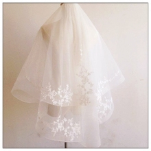New Korean simple short paragraph lace flower multilayer bridal wedding cover face Puff comb veil wild brigade yarn