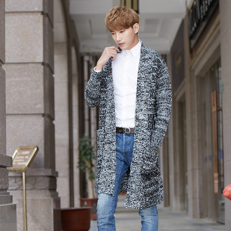 Autumn and winter tide men long cardigan sweater coat sweater coat young men's casual cloak.