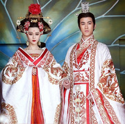 Fan costume with white embroidered Long Xiufeng of Empress Wu wear wedding dress Empress Wu Mei Niang, with Dragon robe