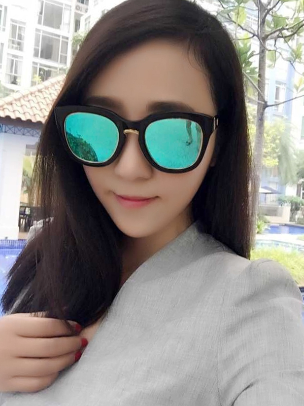 The side plate GM 2015 new metal sunglasses and Han Guochao brand V brand NO.1 reflective sunglasses in color film