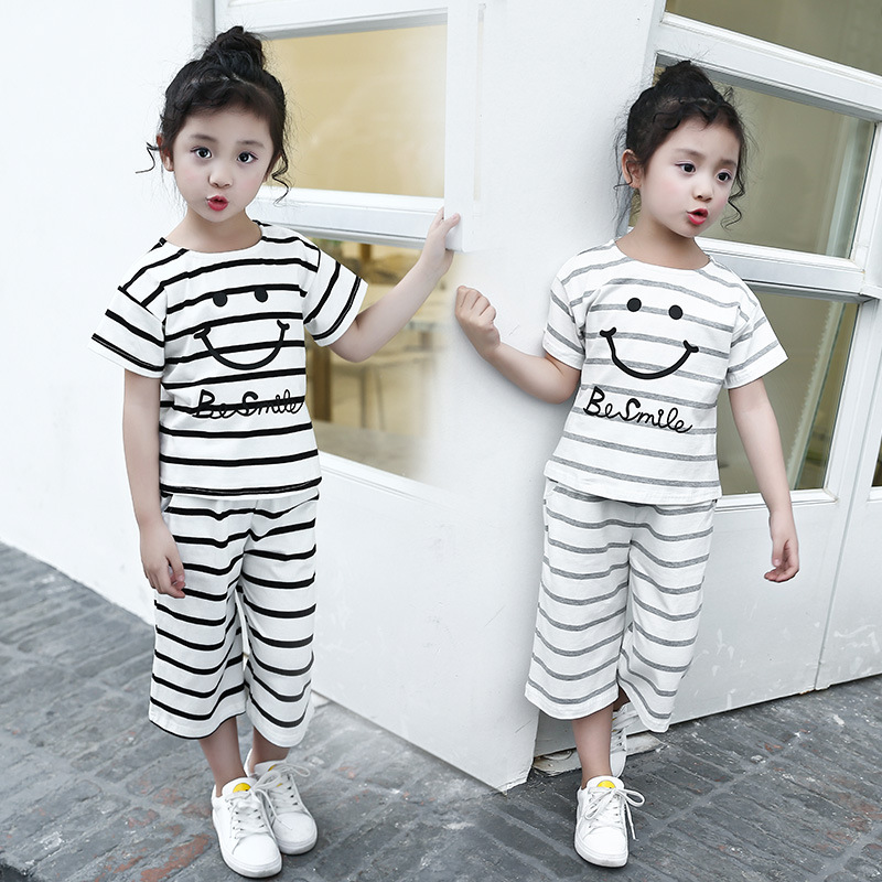 Children's baby girl summer suit for girls 2017 new Korean two piece children T-shirts and shorts pants