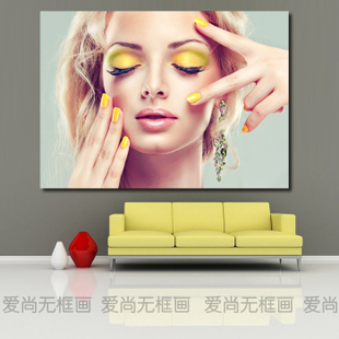 日韩彩妆美女 现代美容美甲店装饰画 化妆品店造型墙壁挂画无框画