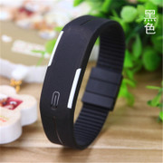 The electronic watch girl students Korean stylish smart LED ulzzang watch children Bracelet movement