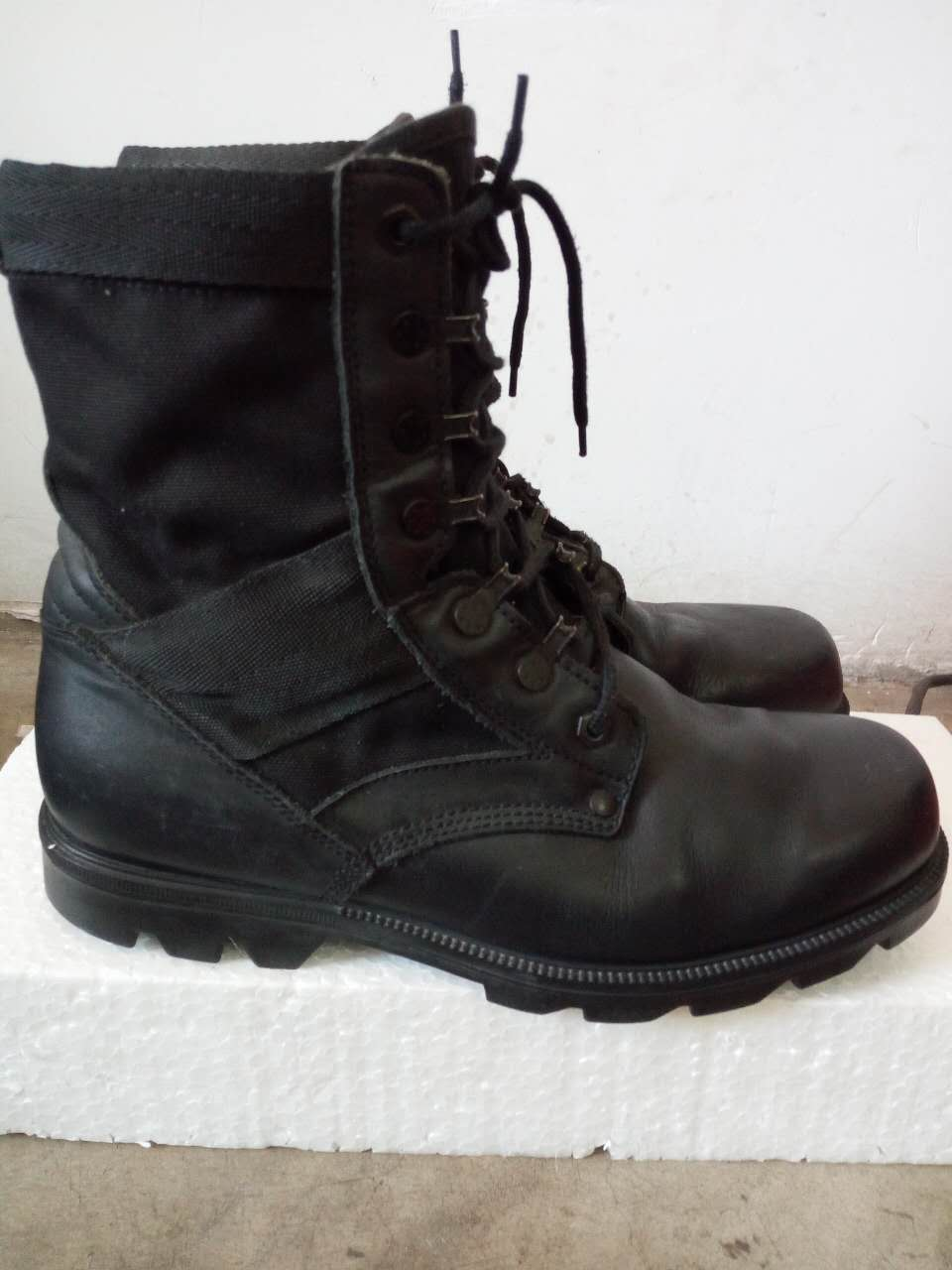 3495011ff37 cheap Purchase china agnet [Secondhand products]Used Combat Boots ...