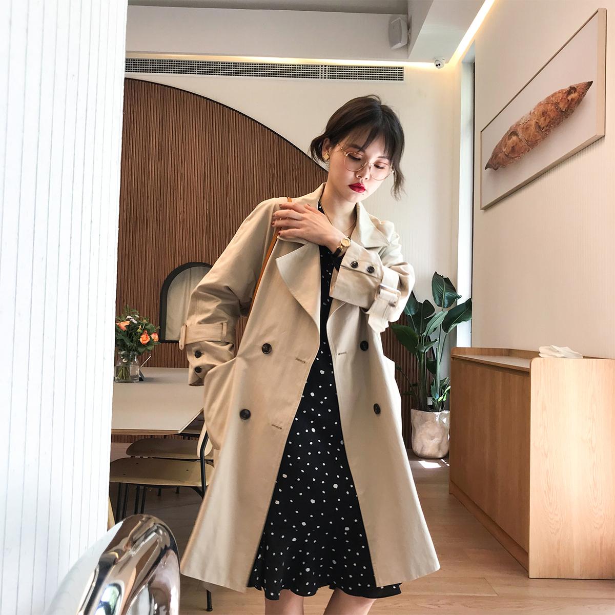 花栗鼠小姐 2018秋新 經典版型雙排扣中長款風衣chic小個子外套