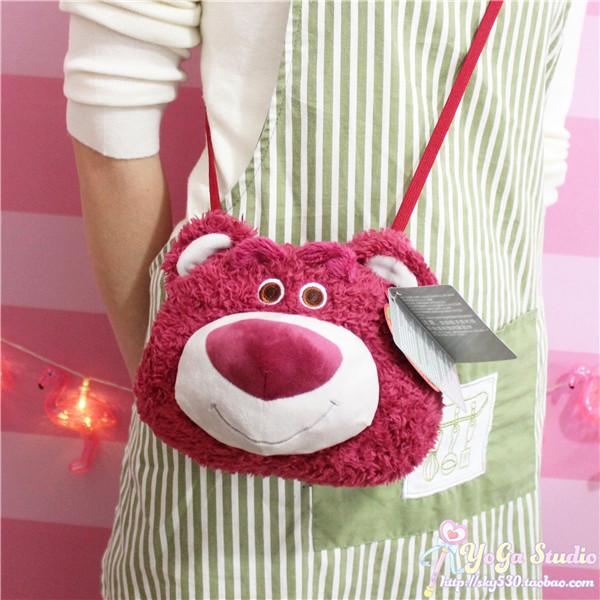 日系toys玩具总动员草莓熊可爱少女心毛绒公仔斜挎包手机触屏包萌