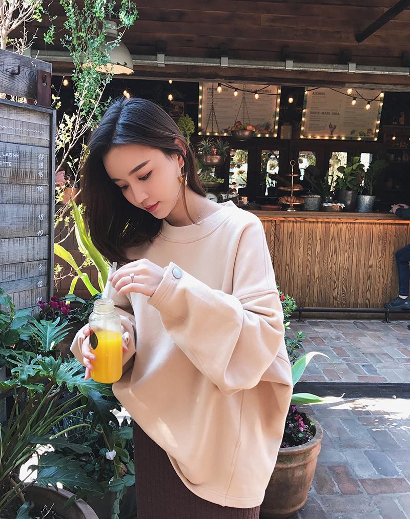 钱夫人CHINSTUDIO 纯色纽扣chic卫衣2017新款女宽松显瘦长袖上衣