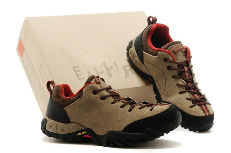 外贸原单正品户外鞋男鞋运动休闲鞋反绒皮低帮防滑防水透气登山鞋