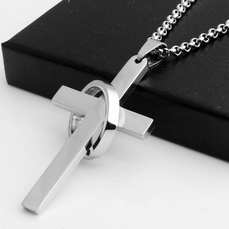 男士韩版钛钢十字架吊坠 明星同款男生个性项链 学生礼物正品项链