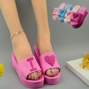The new summer fashion lady slippers with heart-shaped muffin wedge heels female slippers female fish mouth shoes