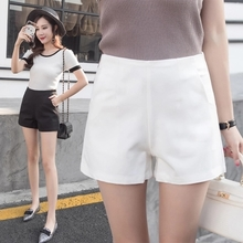 2017 summer new Korean A high waisted wide leg shorts women wear loose slim pants suit pants