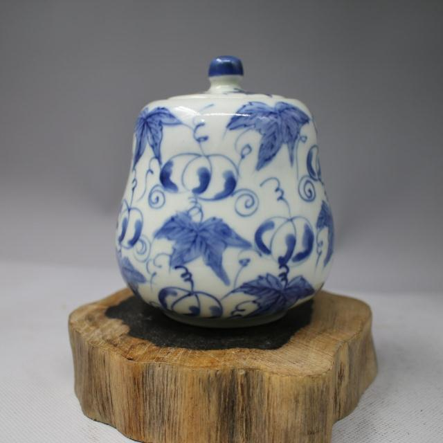 Qing Dynasty blue and white wax gourd bottle tea / Home Furnishing ornaments / antique porcelain / antique antique collection / manual
