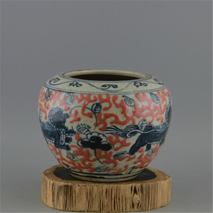Tomorrow, the blue and white red glaze, the beast go can tin in Jingdezhen ancient porcelain antique Antique