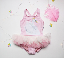 South Korea 18 new summer children's baby one-piece swimsuit girl cartoon swan pengpeng skirt pink swimsuit