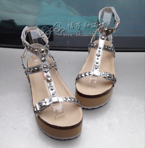ALAIN TONOOWSKI Hong Kong silver patent leather rivet drilling platform with stylish sandals for women's shoes