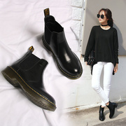 2016 new autumn and winter boots Chelsea Martin Flat Boots and cashmere boots retro British style shoes all-match tide