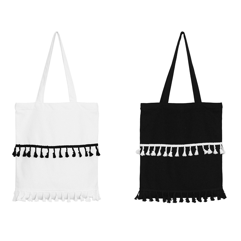 Is black and white tassel han edition cute bump color fringe single shoulder hand bag zipper canvas bag students shopping bags
