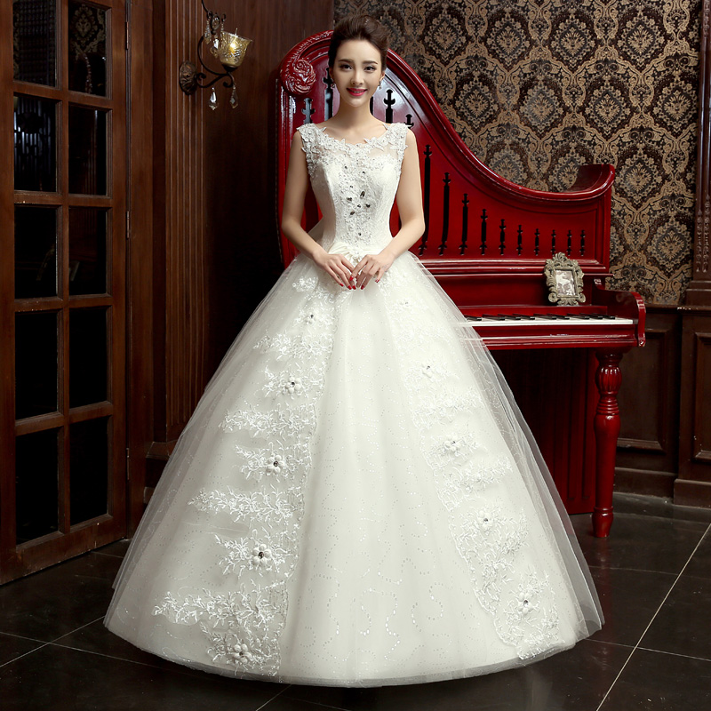 Shoulders V collar wedding dress, new 2017 bride wedding, fluffy skirt, flowers, Lace Princess, big tailing
