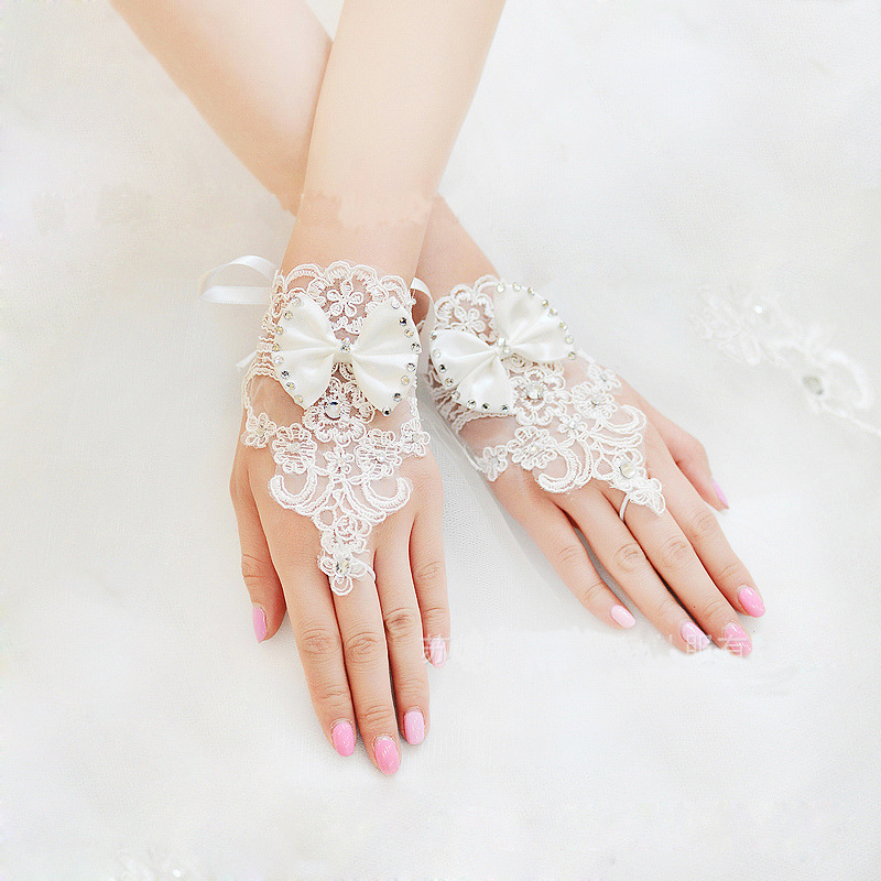 New lace Rhinestone, Korean bride, no finger gloves, fashionable flowers, short cut, refers to wedding accessories