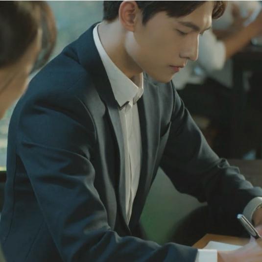 杨洋同款西装韩版潮修身青年男士休闲小西服外套青春流行秋季上衣