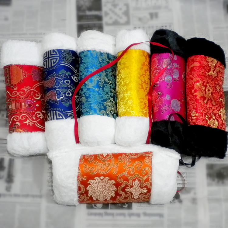 绸缎面暖手筒毛绒暖手捂子暖手套批发暖手抱枕加厚保暖中国风礼物