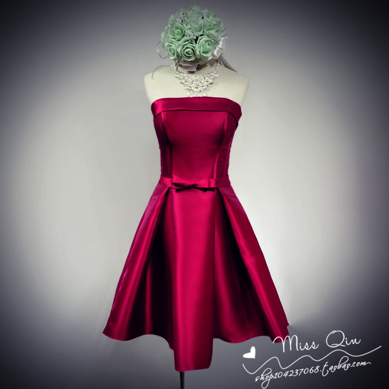 Wine red fashion dinner birthday party a toast to bride a short strapless dress skirt with women in the winter of 2015