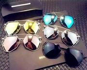 Super lovers left Xiao with polygon color film and polarizing glasses sunglasses tide tide brand sunglasses