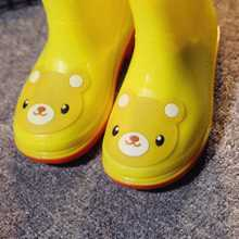 Children in child boots boots tube water shoes lovely children shoes slip bottom boy girl Bao Baoyu rain shoes