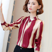 2017 autumn new female Korean small shirt chiffon shirt sleeves lace shirt all-match shirt in autumn and winter