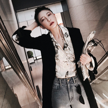 A LAMPS home V and chic retro shirt collar stamp female sketch chiffon shirt sleeve shirt