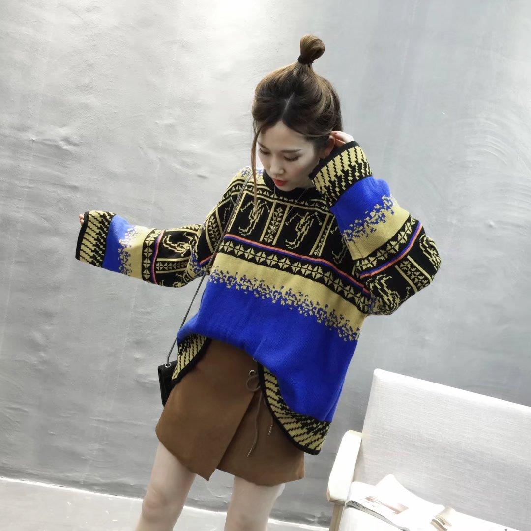 2017新款女装圆领套头两色提花宽松版型大袖子毛衣