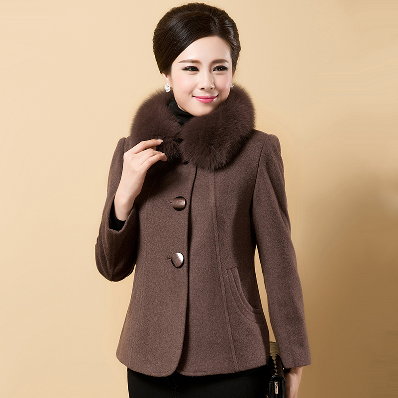 2015 winter brief paragraph mother fox collars in middle-aged women is natural cashmere coat code wool woolen cloth coat