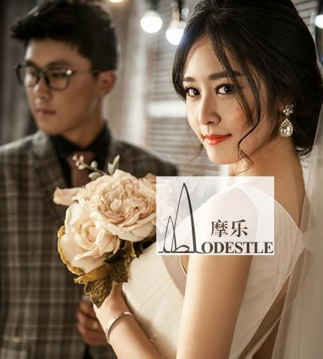 The peony flower beautiful Korean bride holding flower bride hand bouquet wedding photography props